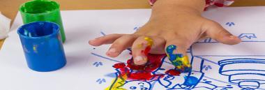 Scuola infanzia bambini gioco disegno 380 ant fotolia 77483475