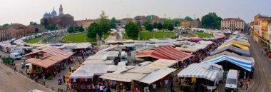 Mercato mercati in Prato della Valle hobbisti bancarelle 380 ant